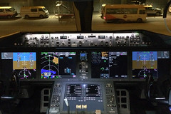 G-VOWS 787-9 (Ian Tate) Tags: hkg cheklapkok hongkonginternationalairport virginatlanticairways vhhh dreamlinercockpit boeing7879dreamliner gvows