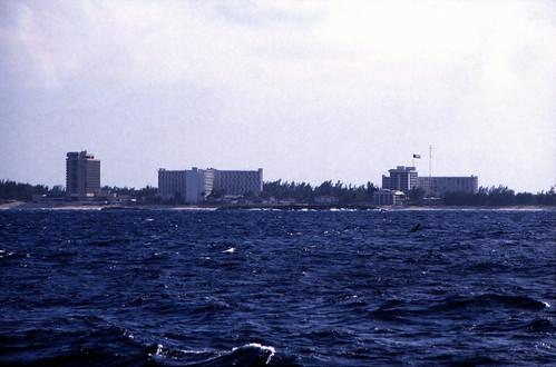 "Bahamas 1989 (391) Paradise Island • <a style=""font-size:0.8em;"" href=""http://www.flickr.com/photos/69570948@N04/24490078916/"" target=""_blank"">Auf Flickr ansehen</a>"