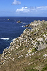 Pointe du Raz (Ytierny) Tags: france vertical bretagne cte pointe manche raz finistre granit littoral bretonne rcif iroise cornouaille ytierny