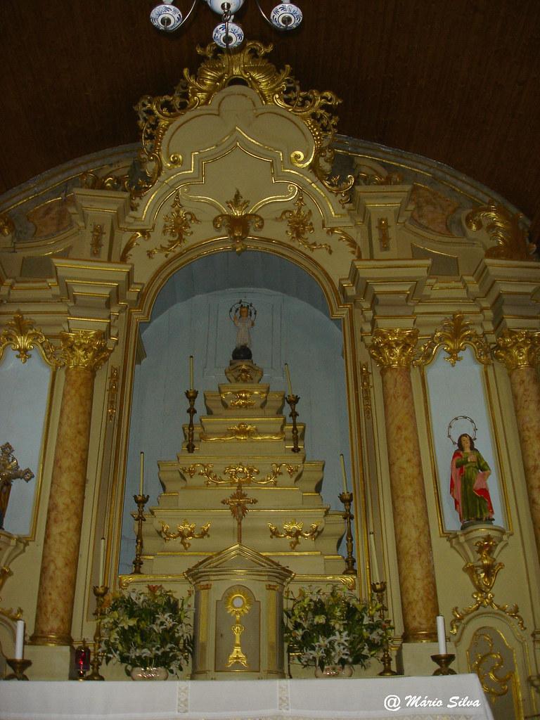 Águas Frias (Chaves) - ... altar mor da igreja matriz ...
