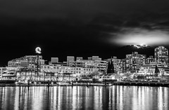 Lonsdale Quay & Grouse Mountain (Daniel's Clicks) Tags: blackandwhite canada vancouver yvr vancity lonsdalequay vancitybuzz