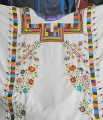 Nahua Huipil Amatlan de Los Reyes Mexico (Teyacapan) Tags: flowers mexico embroidery mexican textiles veracruz bordados huipil nahua amatlandelosreyes