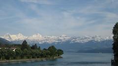 Eiger - Mönch - Jungfraujoch - Jungfrau der Berner Alpen - Alps über dem Thunersee im Berner Oberland im Kanton Bern der Schweiz (chrchr_75) Tags: hurni070530 christoph hurni schweiz suisse switzerland svizzera suissa swiss kantonbern berner oberland berneroberland chrchr chrchr75 chrigu chriguhurni chriguhurnibluemailch mai 2007 kanton bern thunersee alpensee see lake lac sø järvi lago 湖 albumthunersee mönch kantonwallis kantonvalais berg mountain montagne alpen alps albumdreigestirneigermönchjungfrau dreigestirn eiger jungfrau