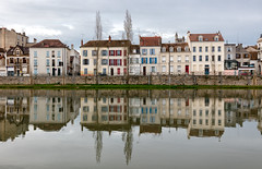 77 - Quai de Seine (Didier Ensarguex) Tags: canon 77 seineetmarne quaideseine 2470l28 melun rflexionreflet 5dsr didierensarguex