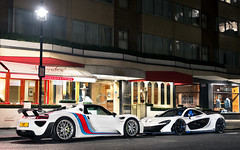 Face Off. (Alex Penfold) Tags: blue white london cars alex car martini super spyder mclaren porsche hyper autos supercar spotting p1 supercars penfold 918 2016 hypercar hypercars