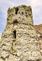 Roman Lighthouse (Pharos) (Blazing Star 78613) Tags: kent roman dovercastle pharos brittania lighthose englishheritage romanlighthouse englishcoast romanbritain romanlighthousepharos romanbrittania