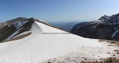sulla cresta verso cima Cannafusto (Roberto Tarantino EXPLORE THE MOUNTAINS!) Tags: 2000 natura neve montagna cima monti cresta passo sibillini cattivo altaquota vallinfante cannafusto