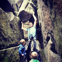 brimhamrocks #brothers #father #sons #twins #boulder... (nathanrobinson2) Tags: nature twins funny rocks comedy brothers exploring father boulder explore ravine hulk superdad sons brimhamrocks savetheday instagram uploaded:by=flickstagram instagram:photo=784005439244469059184137303 saveyoutselves