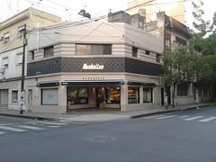 Panaderia Manhattan (Rosario) (leandro_alemandi) Tags: manhattan centro rosario panaderia facturas