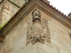 Iglesia de San Juan Bautista escudo heraldico Caceres  05 (Rafael Gomez - http://micamara.es) Tags: de san juan iglesia escudo caceres heraldico