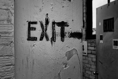 StPaulArtCrawl2016_46338-.jpg (Mully410 * Images) Tags: door blackandwhite monochrome sign wall paint stpaul exit 2016 artcrawl niksilverefexpro