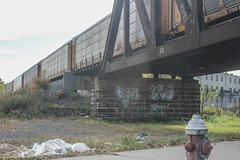 Loose, Bro (NJphotograffer) Tags: new graffiti nj crew jersey unfinished bro graff loose r2b