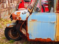 Three wheel truck (murozo) Tags: art car wheel japan truck three rust filter  mazda  akita