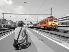 The Railfan Boy (boti_marton) Tags: boy bw lumix blackwhite friend europa hungary budapest panasonic trainstation bestfriend railfan dmc magyarorszg ganz mv m41 418 dliplyaudvar lz20 csrg mvstart
