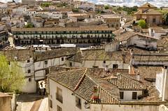 Pueblos de una Comunidad (mArregui) Tags: madrid plaza nikon pueblo urbano plazamayor tejado chinchn airelibre wwwarreguimeluscom marregui