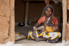 Trbal woman with baby (wietsej) Tags: woman baby india rural village child with hills chhattisgarh trbal maikal