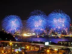 Hudson Fireworks (CMMooney) Tags: nyc newyorkcity fireworks olympus hudsonriver gothamist gotham weehawken nbc4 hudsonyards omdem5markii