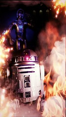 R2-D2 I insist you come back here immediately (custombase) Tags: starwars r2d2 c3po 6inch blackseries revoltech
