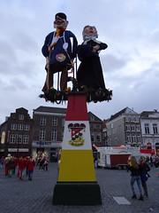 Knillis en Hendrien (LeoKoolhoven) Tags: netherlands nederland carnaval denbosch shertogenbosch 2016 oeteldonk hendrien knillis knillisenhendrien