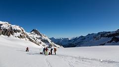 Chamonix - Zermatt (Henri Eccher) Tags: david ski france montagne suisse glacier natalie bd extrieur philippe italie henri ch valais chamonixzermatt evolne ollivier skirando hautemontagne canoneos6d thierryvescovi potd:country=fr