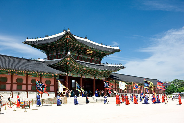 朝鮮王朝の宮殿景福宮と民俗博物館