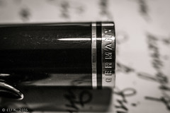 Pelikan Souvern M600 Cap Band (kitchener.lord) Tags: blackwhite pelikan pens 2016 m600 xf27