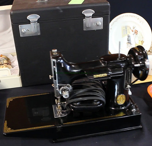 Singer Featherweight Sewing Machine - $396.00 (Sold March 20, 2015)