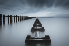 Revisited (Scott Baldock) Tags: uk sea seascape colour thames canon river landscape long exposure boom estuary ethereal daytime 16 essex southend defence stops
