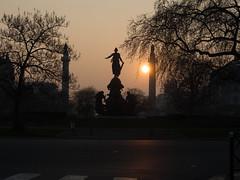 Nation (3aptiste) Tags: paris sunrise soleil place nation matin 11me