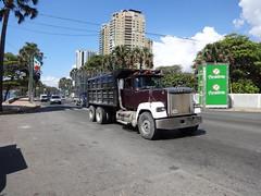 Mack Superliner (RD Paul) Tags: truck dominicanrepublic camion trucks mack santodomingo camiones repblicadominicana superliner