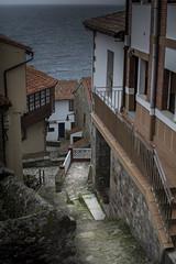 Callejon (Jose Corral Espio) Tags: calle asturias paisaje lastres callejon llastres