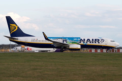EI-EMI Ryanair Debranded National Express B737-800 London Stansted Airport (Vanquish-Photography) Tags: london canon photography eos airport ryan aviation railway national taylor 7d express ryanair stansted ryantaylor vanquish b737800 debranded eiemi vanquishphotography