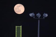 Moon Shot (RPahre) Tags: moon illinois baseball universityofillinois urbana