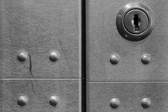 locked (Horace T) Tags: bw canon nb locks flickrfriday ef100mm serrures dxofilmpack eos60d