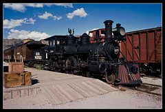 CHICAGO. 7 (adriangeephotography) Tags: usa train photography illinois nikon kodak tracks slide steam adrian kodachrome gee vivitar nikkormat series1 3585mmf28 adriangeephotography