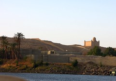 Egypt (Aswan) Mausoleum of Aga Khan III, spritual leader of the Ismaili Muslims (ustung) Tags: river landscape nikon outdoor hill egypt nile mausoleum khan aswan aga