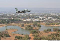 A-1M sobrevoa o Parque da Cidade em Brasília-DF (Força Aérea Brasileira - Página Oficial) Tags: brazil brasília df bra voo a1m aeronave brazilianairforce aviacaodecaca aeronavesdecaca fab5520 fotovinciussantos sobrevooembrasilia treinamentoaereo