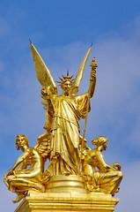 Paris Avril 2016 - 170 sur le toit de l'Opra Garnier (paspog) Tags: paris france spring roofs april opra avril printemps toits 2016 decken opragarnier toitsdeparis frling