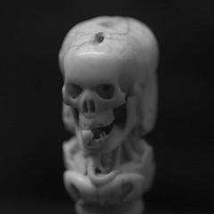 Dead bw4 (Steve.frog) Tags: skull ivory bone totenkopf anhnger knochen schdel elfenbein