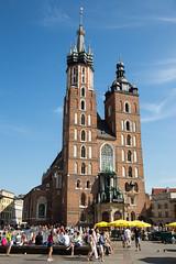 St. Mary's Church (Erik Strahm) Tags: people house tower church st architecture worship gothic poland krakow marys krakw stmaryschurch pl houseofworship maopolskie europe2015