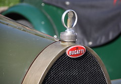 Bugatti (Thethe35400) Tags: auto car automobile voiture coche bil carro bouchon insigne bll cotxe