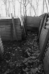 Inside a preserved trench (s81c) Tags: bw wwi bn firstworldwar trenches primaguerramondiale trincee ypressalient salientediypres