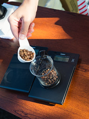 Measuring coffee beans (sarahbethsmithphotography) Tags: coffee beans tacoma barista blackcoffee ttown smallbusiness tacomacoffee popupcoffee tacomabusiness