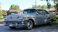 1958 Buick Century (crusaderstgeorge) Tags: 1958buickcentury 1958 buick century americancars americanclassiccars cars classiccars gävle sweden sverige crusaderstgeorge