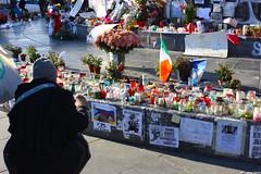 Place de la République (antoine.vedel) Tags: paris de la cambodge novembre place liberté terrorism 13 république petit terroristes carillon terrorismo 2015 terrorisme attentat fraternité égalité attentats terroristi attentati bichat parisattacks