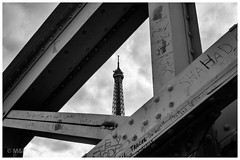 Trapped (MNP[FR]) Tags: blackandwhite paris france tower architecture clouds europe tour noiretblanc samsung eiffel nuages iledefrance nx1 baladesparisiennes