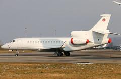 HB-JST (GH@BHD) Tags: corporate aircraft aviation zurich wef falcon executive zurichairport kloten dassault zrh trijet bizjet falcon7x cataviation hbjst wef2016