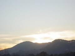 Day 32, Abbottabad, Pakistan. (Somersaulting Giraffe) Tags: sunset sky sun mountains sunshine evening greysky abbottabad thelasttime