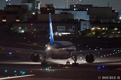 Itami Airport at night 2016.1.31 (7) JA745A / ANA's B777-200 (double-h) Tags: airplane ana observationdeck itamiairport  itm b777 osakaairport   rjoo  b777200  ef300mmf28lisiiusm  lasora ja745a eos7dmarkii