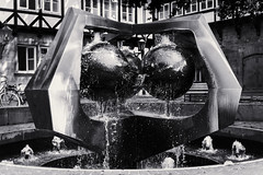 Water Fountain (patrickmai875) Tags: street city urban bw white black water fountain canon 50mm wasser springbrunnen hannover stadt monochrom f18 hc schwarz 6d weis hcsp